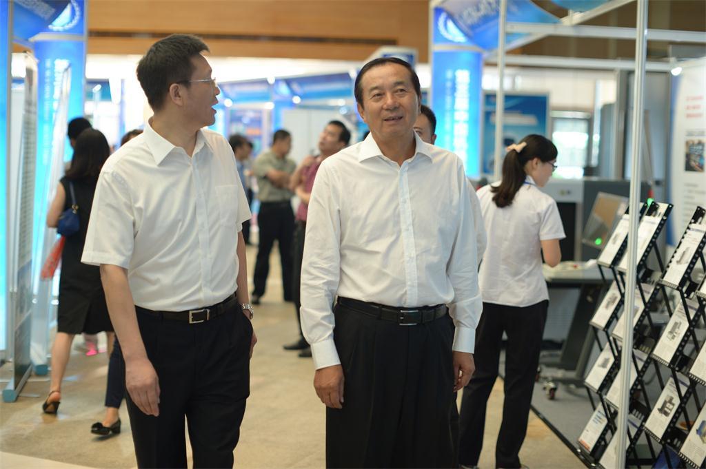 中国民用机场协会理事长、原民航局副局长夏兴华